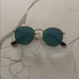 Blue frame round ray ban sunglasses
